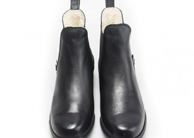 john-winter-black-3